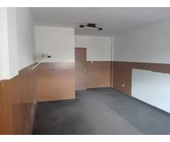 Oficina en alquiler en el centro de especialidades médicas.