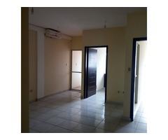 Departamento en alquiler 2 dormitorios zona norte 4to anillo.